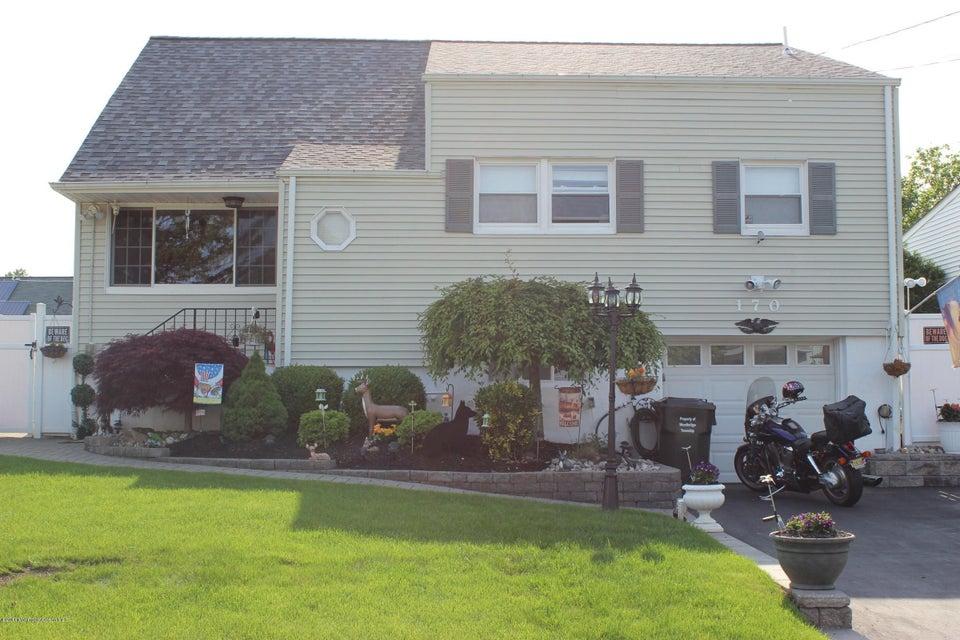 Casa Unifamiliar por un Venta en 170 Arlington Drive Fords, Nueva Jersey 08863 Estados Unidos