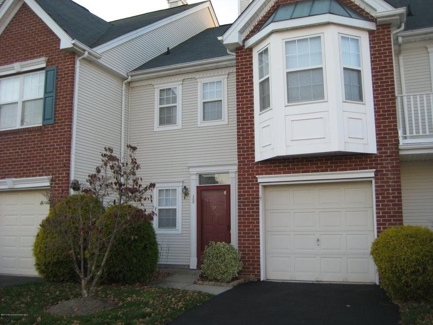 共管式独立产权公寓 为 出租 在 38 Alpine Road 霍木德尔镇, 新泽西州 07733 美国