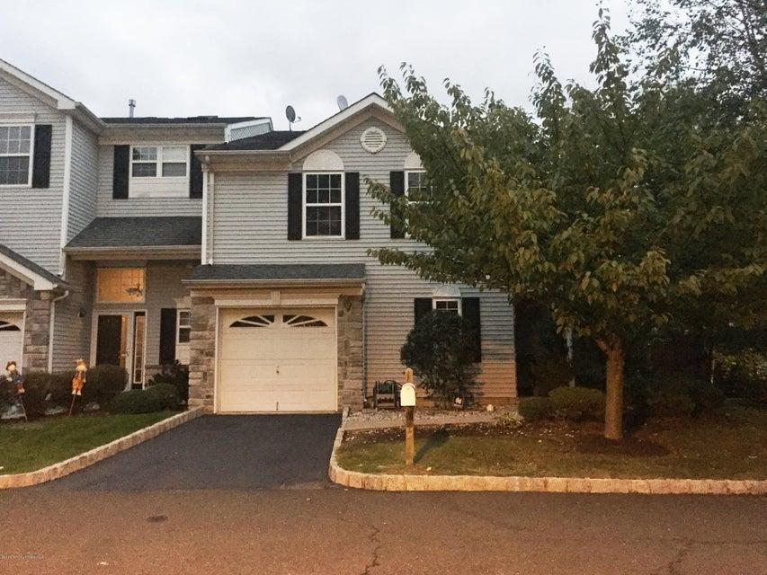 Condominio por un Alquiler en 12 Bridge Pointe Drive Laurence Harbor, Nueva Jersey 08879 Estados Unidos