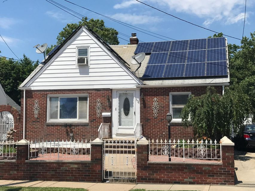 Single Family Home for Sale at 576 Harding Avenue Perth Amboy, New Jersey 08861 United States