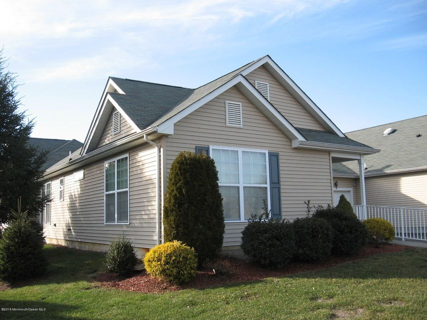 Casa Unifamiliar por un Alquiler en 3 Fennel Court Manchester, Nueva Jersey 08759 Estados Unidos