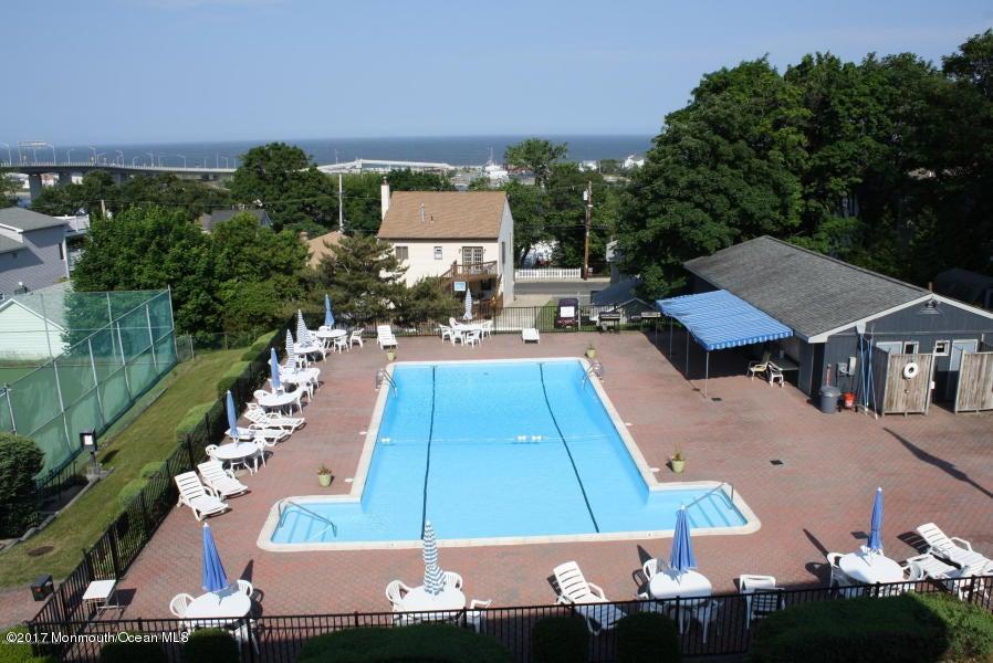 共管式独立产权公寓 为 出租 在 B6 Oceanview Terrace Highlands, 07732 美国
