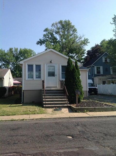 独户住宅 为 出租 在 344 Port Monmouth Road North Middletown, 新泽西州 07748 美国