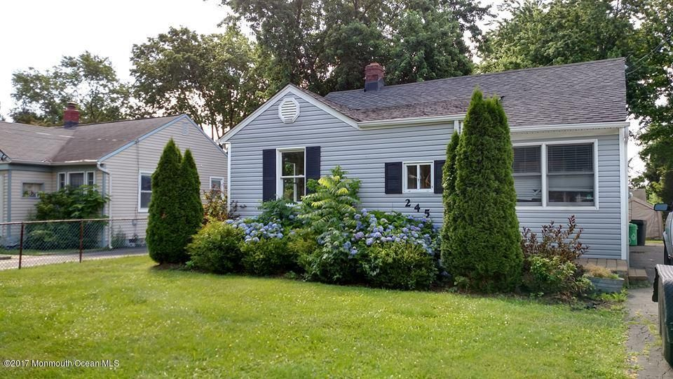 Casa Unifamiliar por un Alquiler en 245 Prospect Avenue Keyport, Nueva Jersey 07735 Estados Unidos