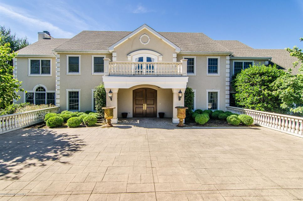 Maison unifamiliale pour l Vente à 157 Federal Road 157 Federal Road Monroe, New Jersey 08831 États-Unis