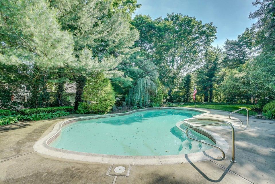 独户住宅 为 销售 在 401 Clarence Avenue Elberon, 新泽西州 07740 美国