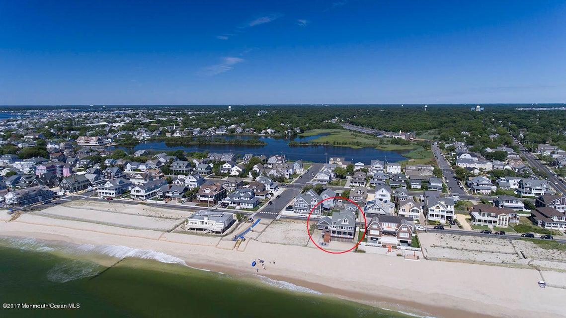 Частный односемейный дом для того Продажа на 235 East Avenue 235 East Avenue Bay Head, Нью-Джерси 08742 Соединенные Штаты