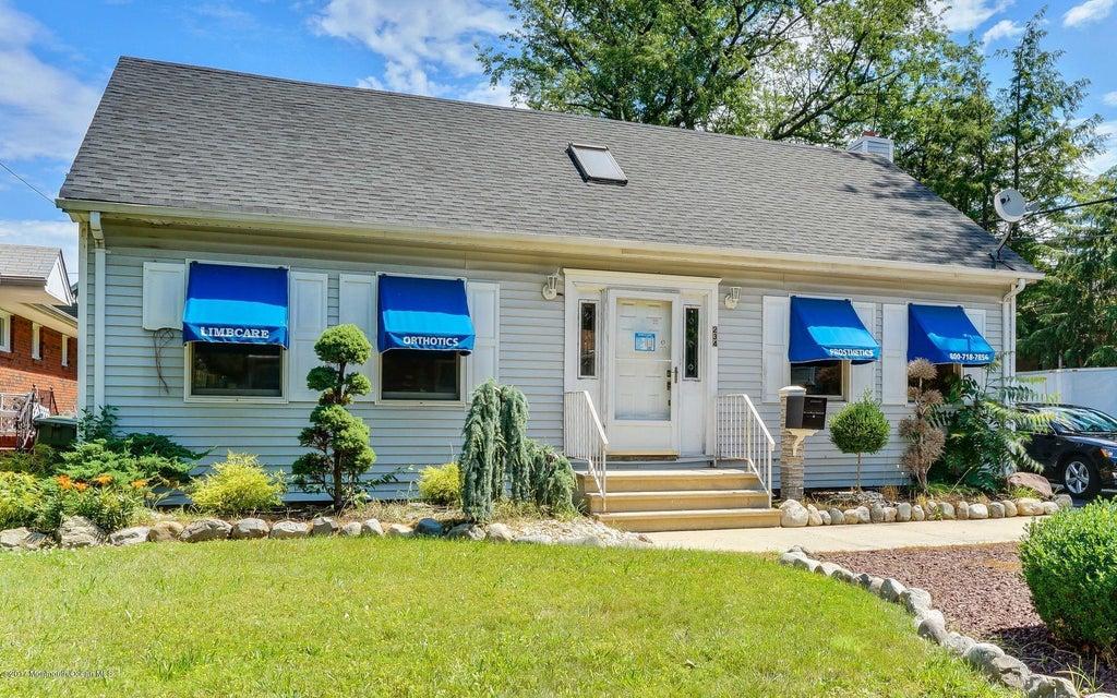 Commercial pour l Vente à 234 Ernston Road Parlin, New Jersey 08859 États-Unis