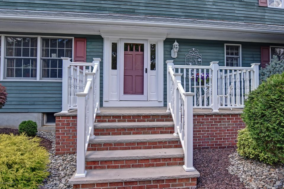 003_Front Porch