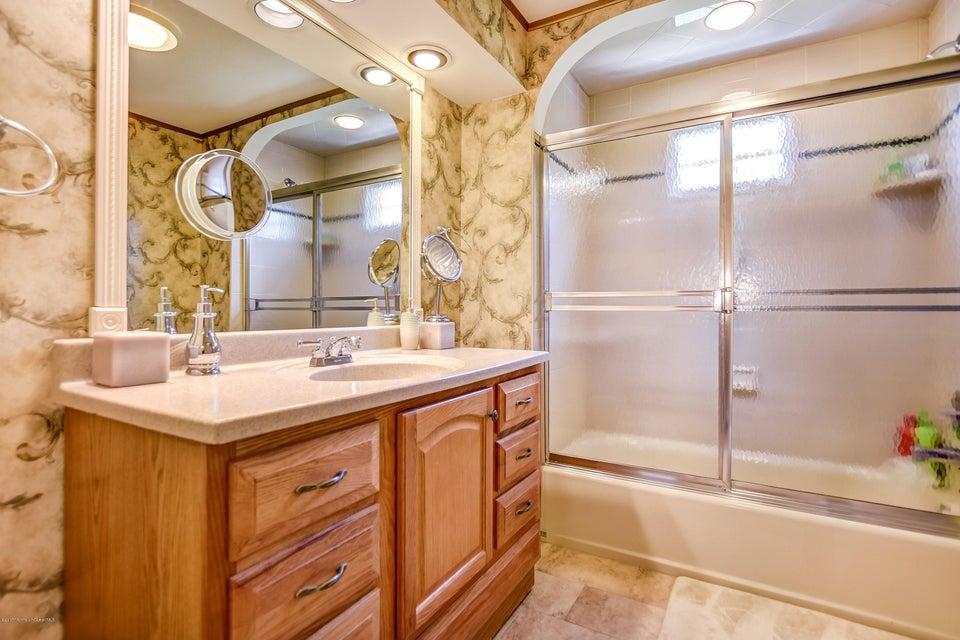 031_Bathroom