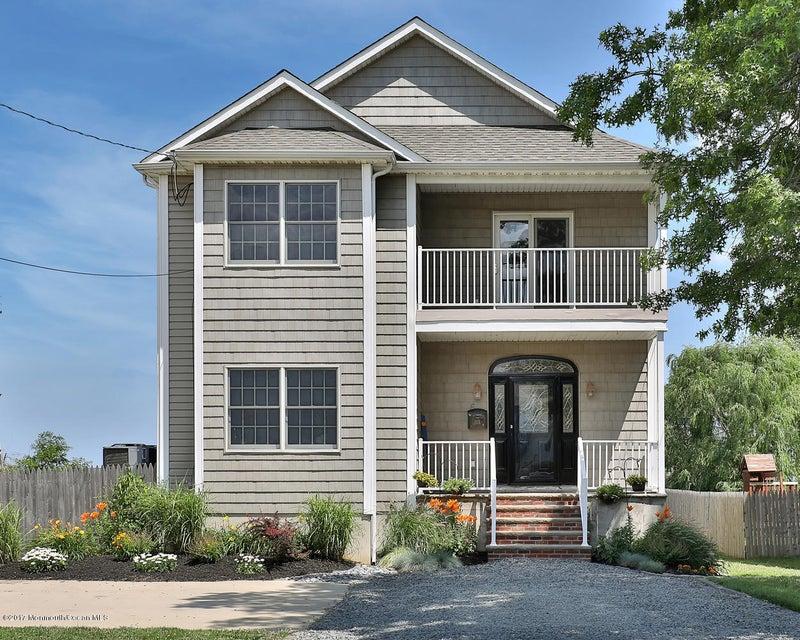 Maison unifamiliale pour l Vente à 6 Leonard Avenue 6 Leonard Avenue Leonardo, New Jersey 07737 États-Unis