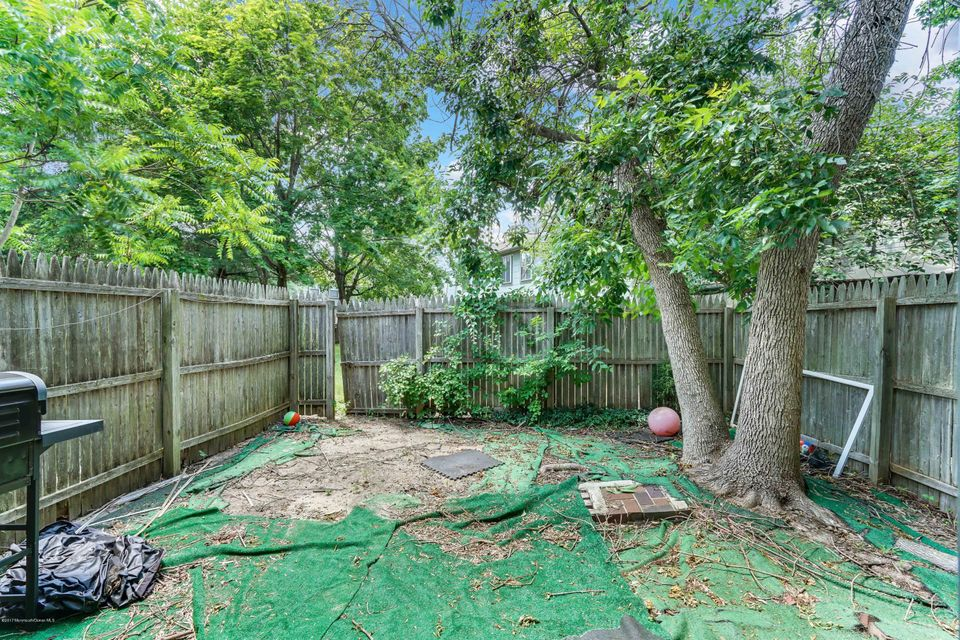 Additional photo for property listing at 131 Downing Street 131 Downing Street Lakewood, New Jersey 08701 United States