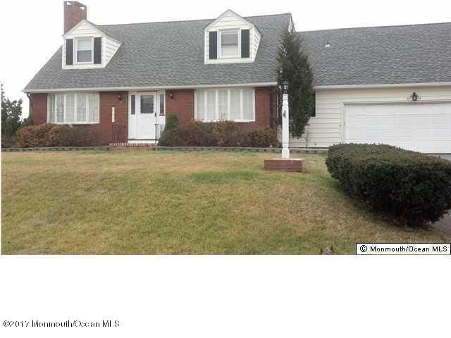 独户住宅 为 出租 在 9 Lorraine Avenue 斯普林莱克, 新泽西州 07762 美国