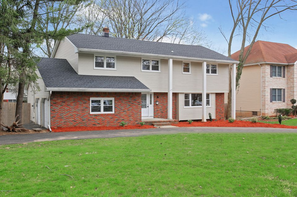 Single Family Home for Sale at 345 Middlesex Avenue Metuchen, New Jersey 08840 United States