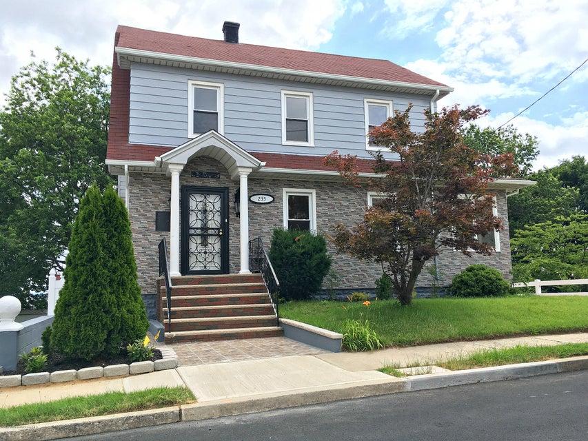 Casa Unifamiliar por un Venta en 235 Walnut Street South Amboy, Nueva Jersey 08879 Estados Unidos