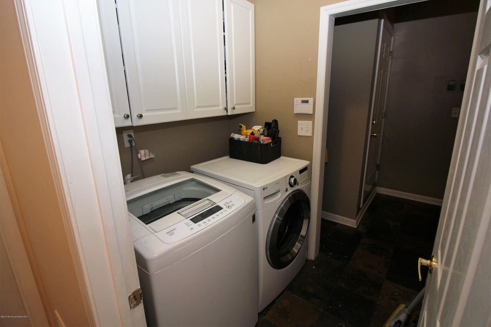 7a Laundry Center Mud Room