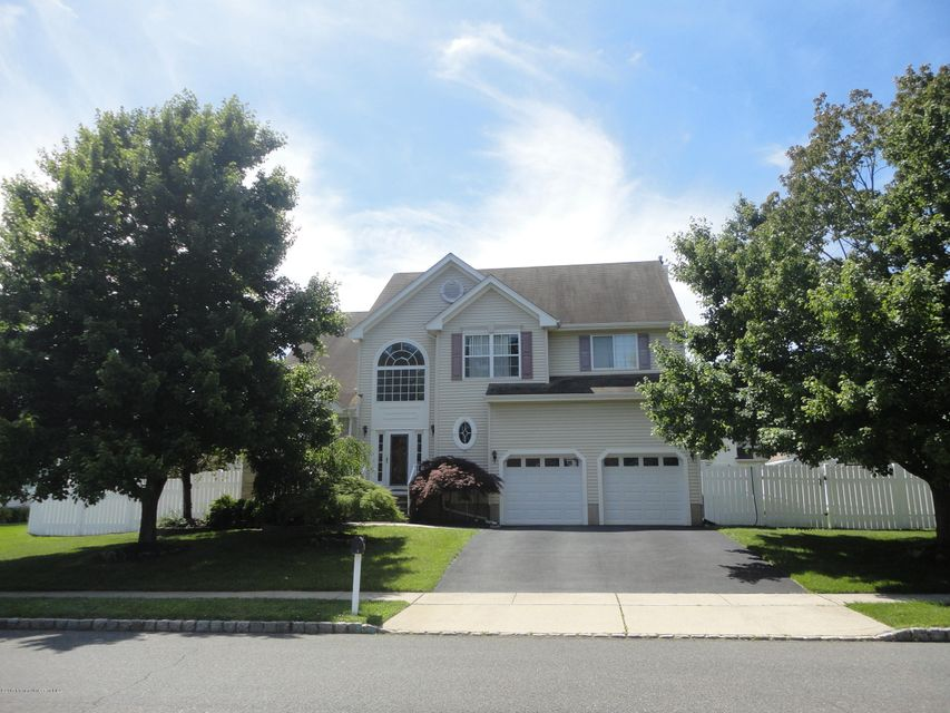 Single Family Home for Sale at 5 Veterans Drive South River, New Jersey 08882 United States