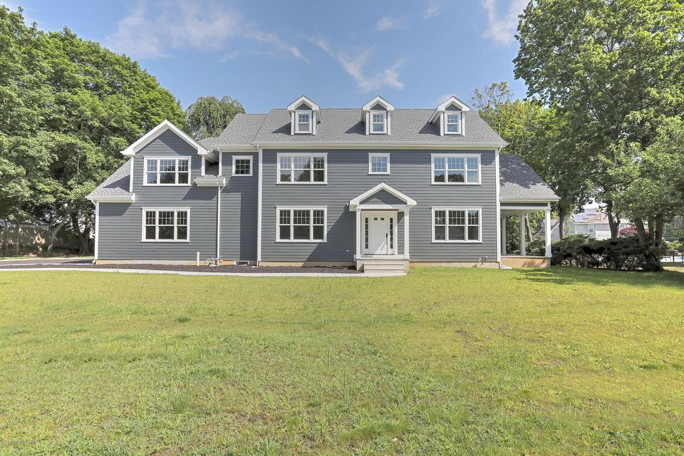 Single Family Home for Sale at 47 Shadowbrook Road Shrewsbury, New Jersey 07702 United States