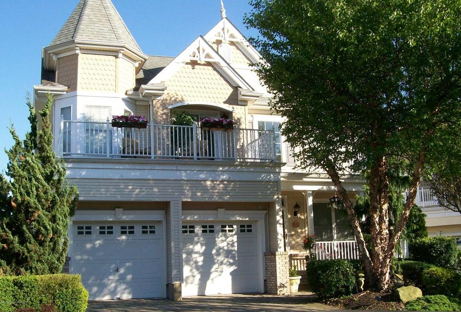 Maison unifamiliale pour l Vente à 11 Osprey Drive South Amboy, New Jersey 08879 États-Unis