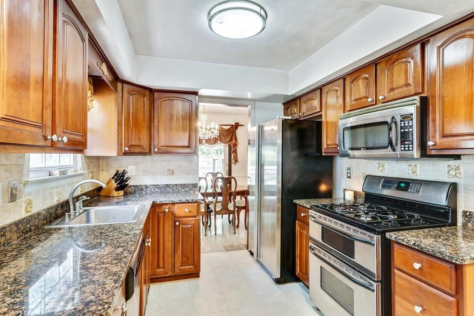 Woodline kitchen cabinets howell nj - 17
