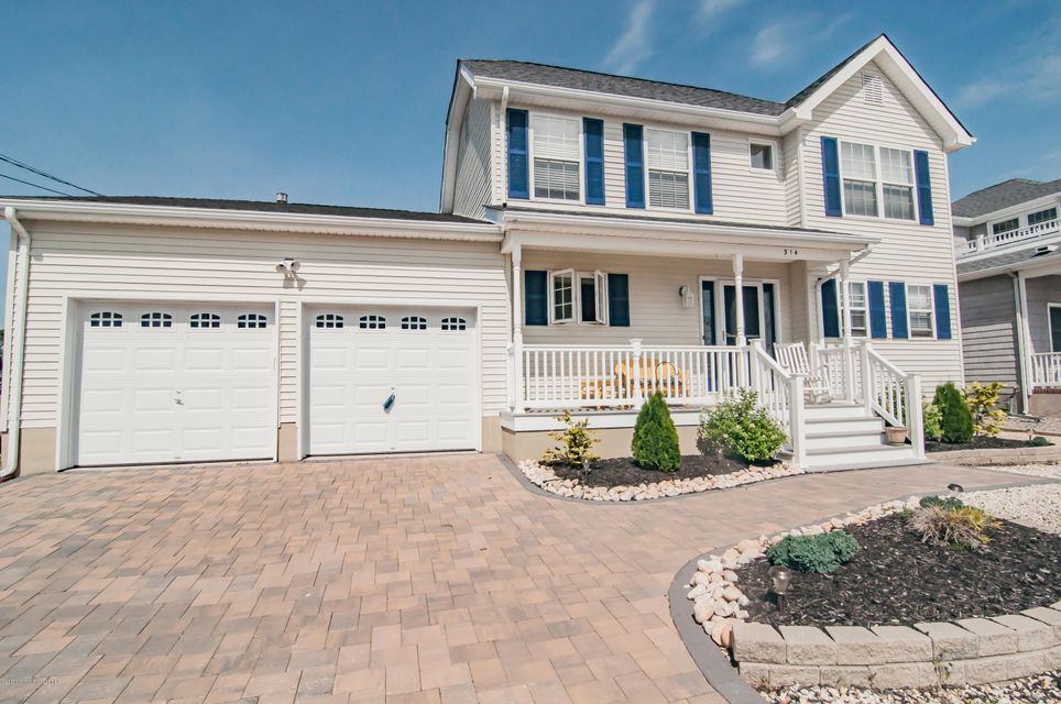 Single Family Home for Sale at 314 Bay Shore Drive Barnegat, New Jersey 08005 United States
