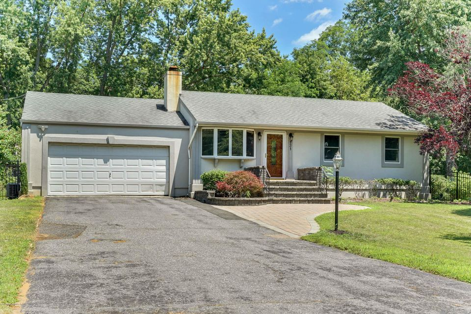 Single Family Home for Rent at 131 School Road Marlboro, New Jersey 07746 United States