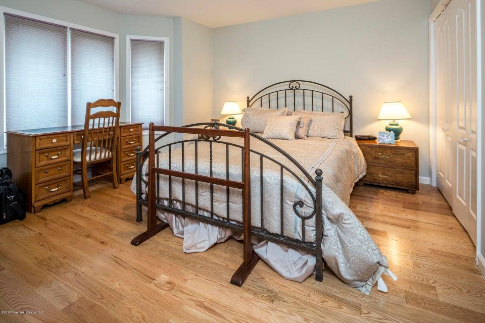 20_Bedroom