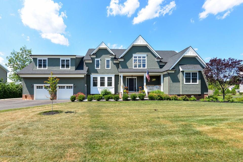 Maison unifamiliale pour l Vente à 136 Winding Way Way Little Silver, New Jersey 07739 États-Unis