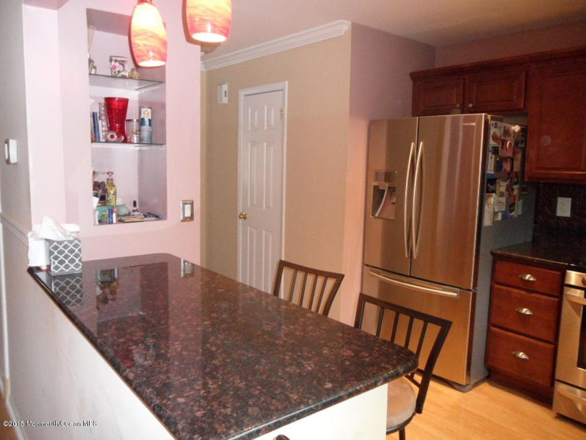 Single Family Home for Sale at 60 County Road 60 County Road Cliffwood, New Jersey 07721 United States