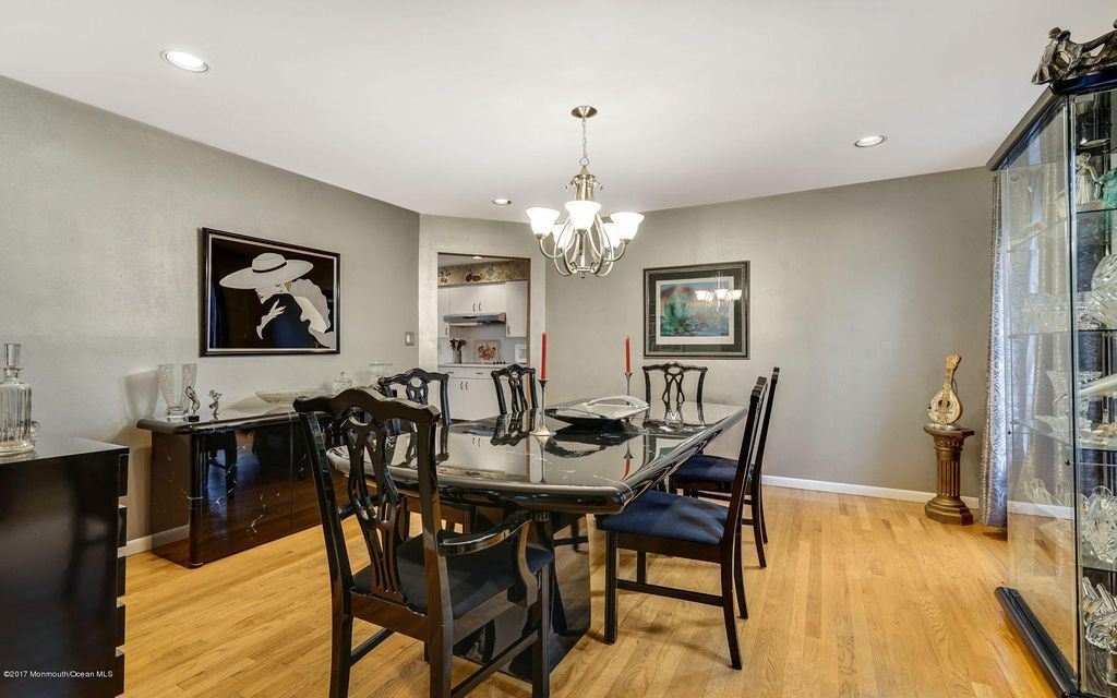 Additional photo for property listing at 35 Delta Drive 35 Delta Drive Ocean Township, Nueva Jersey 07712 Estados Unidos