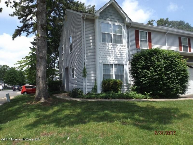 Additional photo for property listing at 599 Patriots Way 599 Patriots Way Lakewood, New Jersey 08701 Amerika Birleşik Devletleri