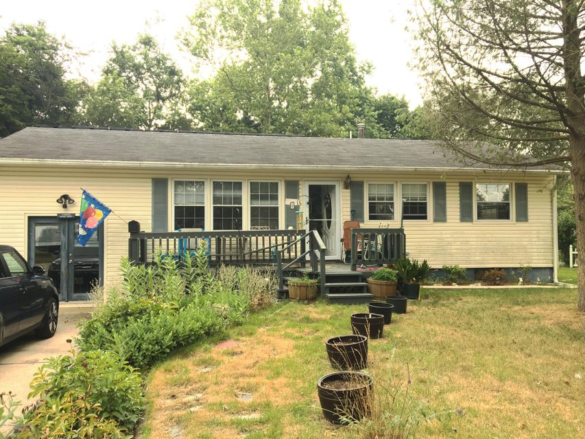Single Family Home for Sale at 8 Bucknell Drive South Toms River, New Jersey 08757 United States