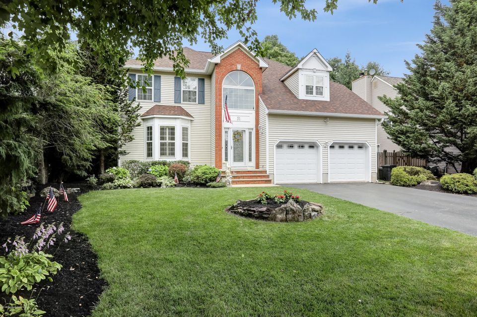 Single Family Home for Sale at 31 Heritage Drive Shrewsbury, New Jersey 07702 United States