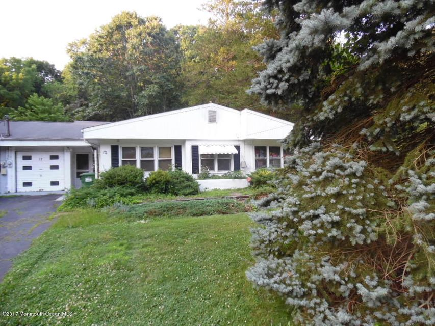 Single Family Home for Sale at 12 Farm Lane 12 Farm Lane Roosevelt, New Jersey 08555 United States