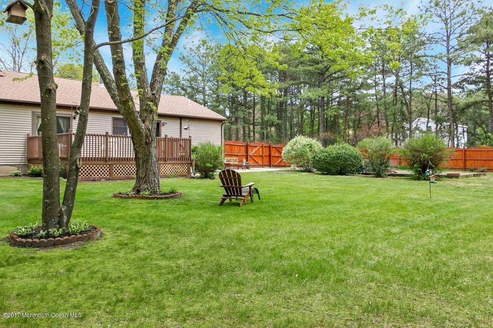 Additional photo for property listing at 1380 Scranton Avenue 1380 Scranton Avenue Whiting, New Jersey 08759 Stati Uniti
