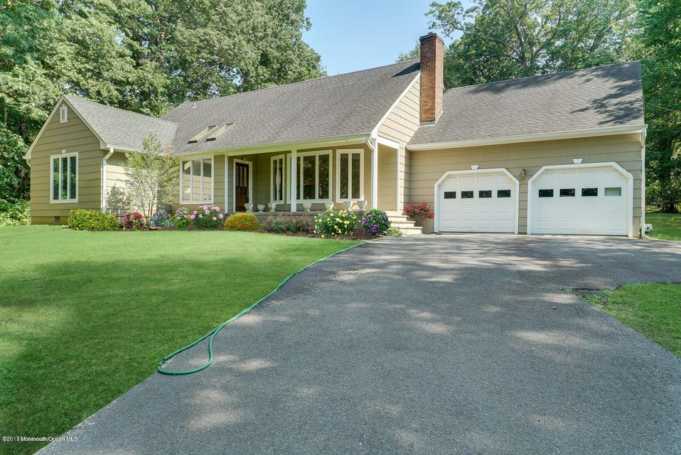 Single Family Home for Rent at 93 River Road Rumson, New Jersey 07760 United States