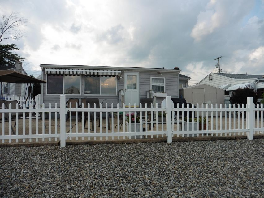Additional photo for property listing at 2517 Hiering Road 2517 Hiering Road Toms River, 뉴저지 08753 미국