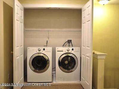 3rd FL Washer Dryer (24)