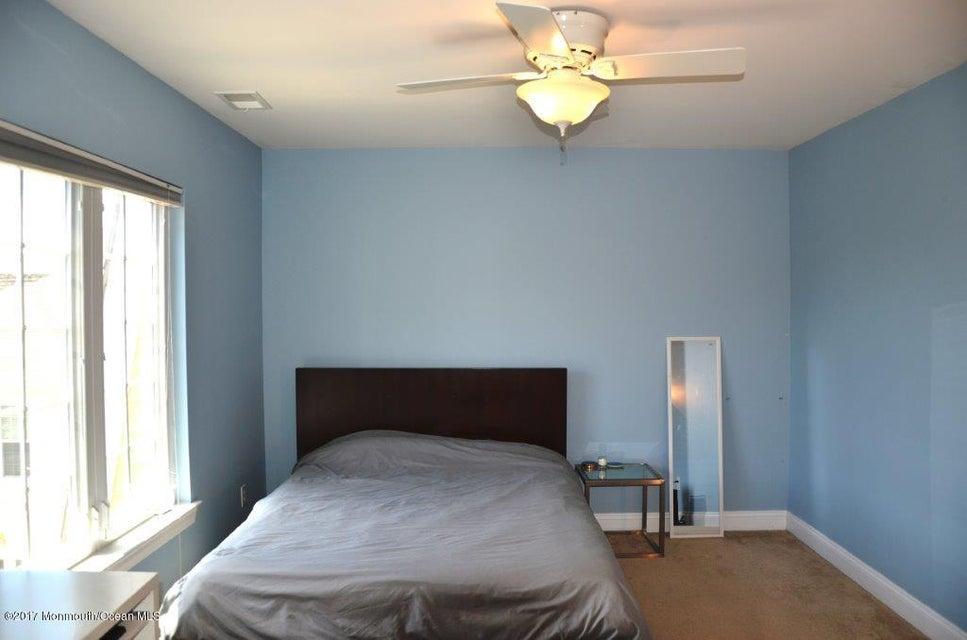 Second Bedroom (18)