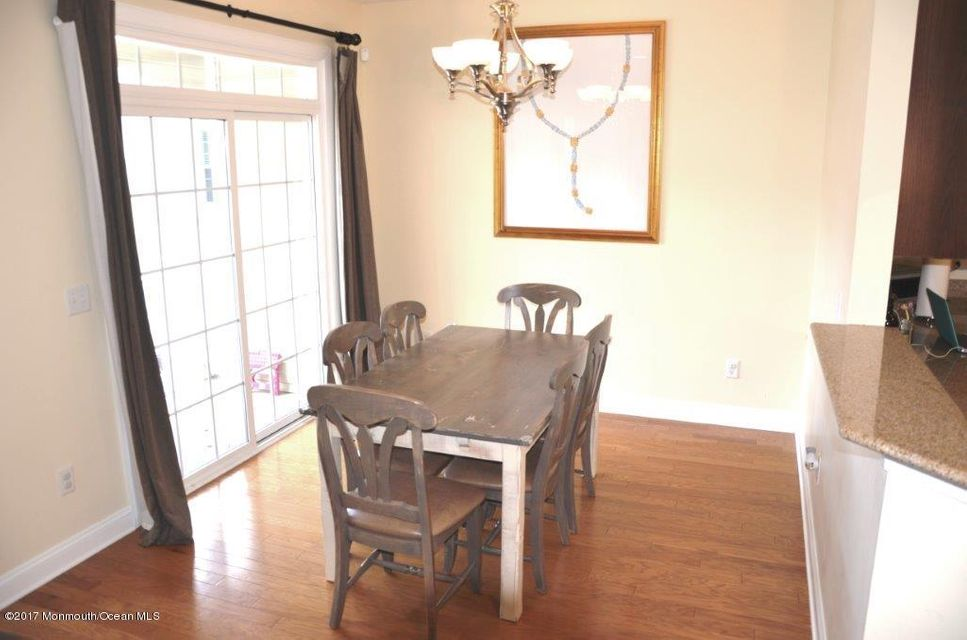 Dining Room (8)