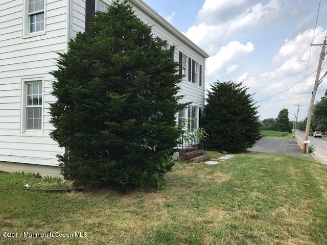Additional photo for property listing at 201 Mounts Mills Road 201 Mounts Mills Road Monroe, Nova Jersey 08831 Estados Unidos