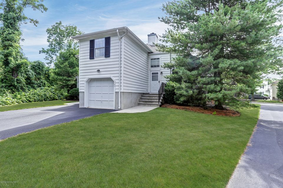 Condominium for Rent at 704 Buckingham Circle Middletown, New Jersey 07748 United States