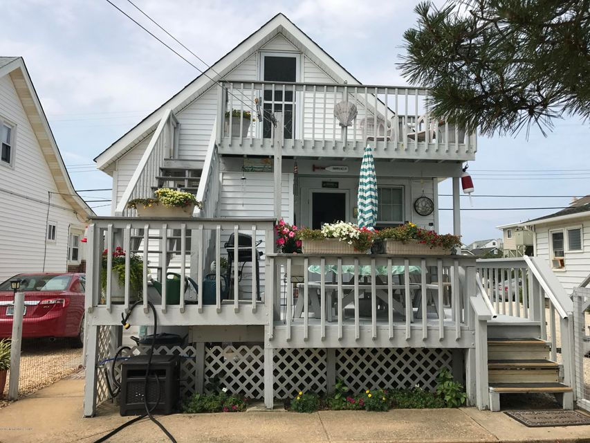 Additional photo for property listing at 23 N Street 23 N Street Seaside Park, New Jersey 08752 États-Unis