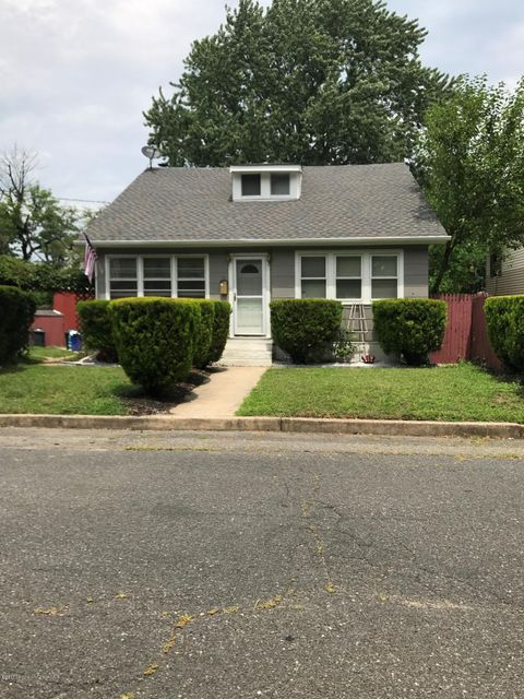 Single Family Home for Sale at 11 Bissett Place South River, New Jersey 08882 United States