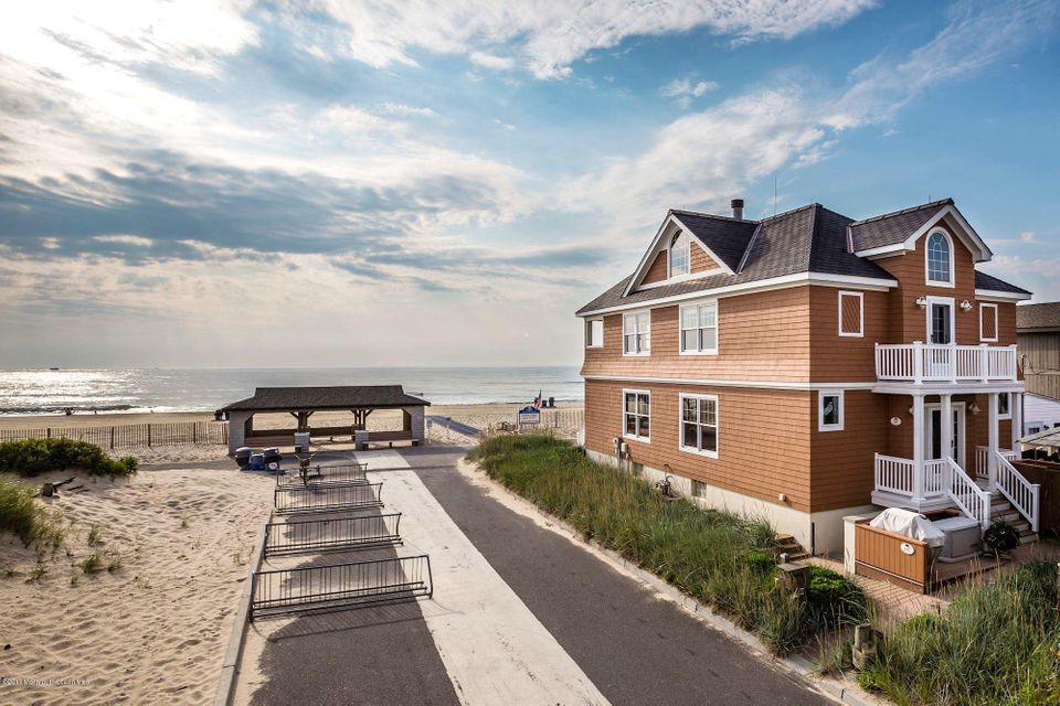 Single Family Home for Sale at 145 Beach Front Manasquan, 08736 United States