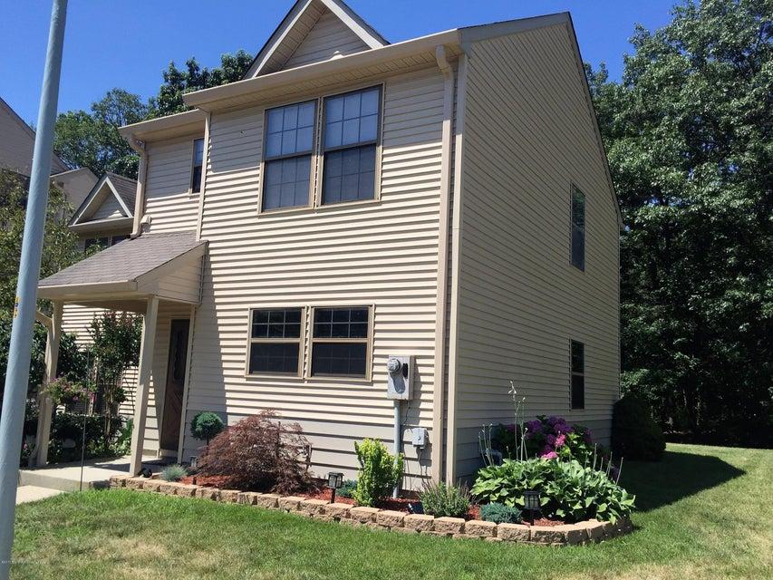 Condominium for Rent at 707 Violet Lane Jackson, New Jersey 08527 United States