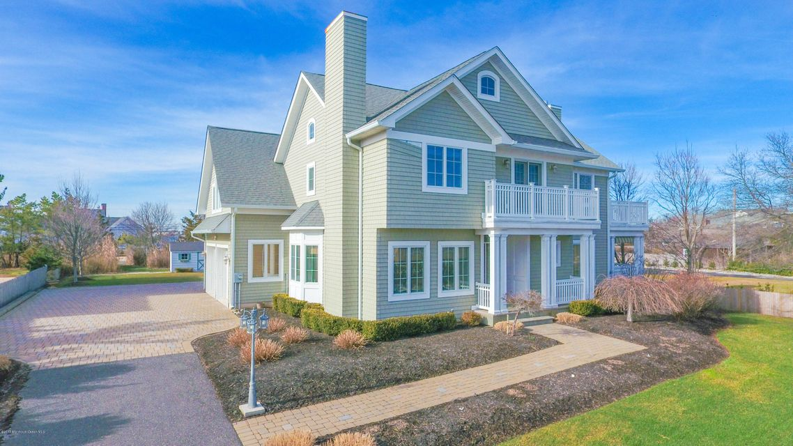 Maison unifamiliale pour l Vente à 854 Main Avenue Bay Head, New Jersey 08742 États-Unis