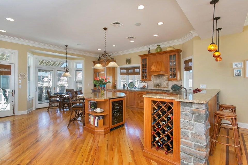Additional photo for property listing at 1401 Ocean Avenue 1401 Ocean Avenue Belmar, Nova Jersey 07719 Estados Unidos