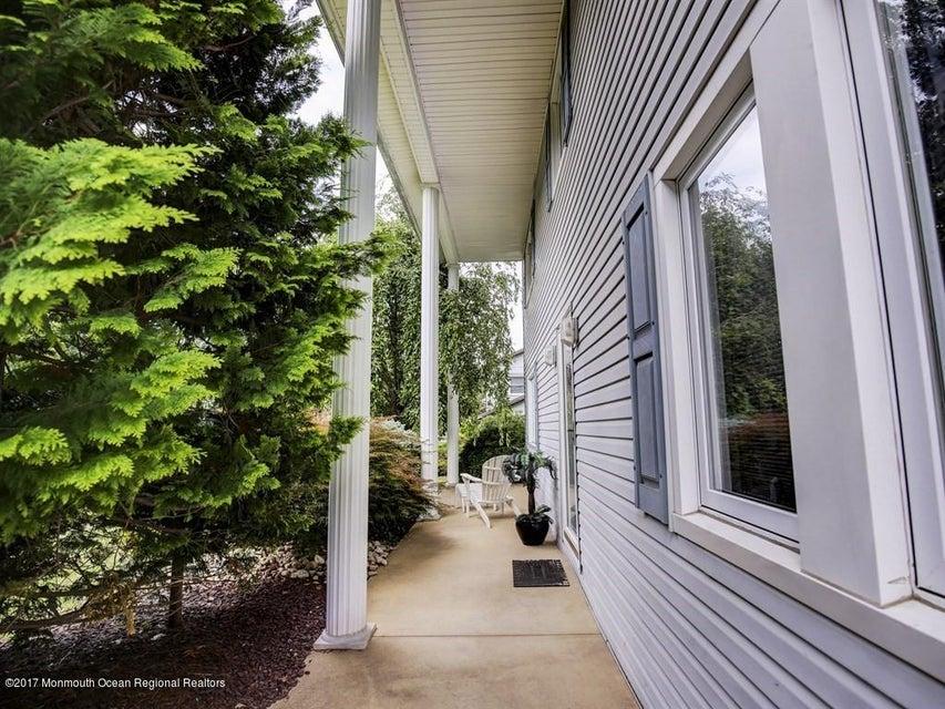 002_Front Porch