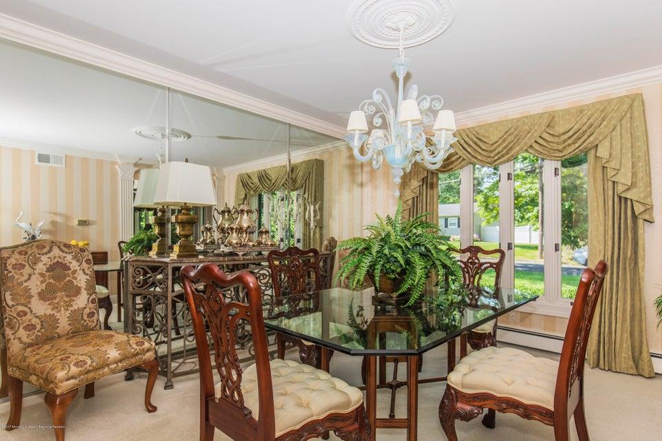 Additional photo for property listing at 1011 Berkeley Avenue 1011 Berkeley Avenue Ocean Township, 뉴저지 07712 미국